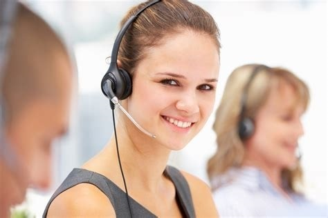 Empowering-Customer-Experience-call-center