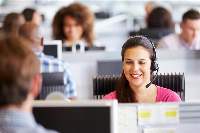 How-B2_B-Call-Centers-Help